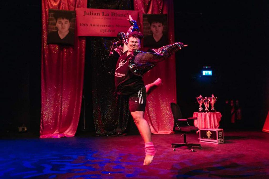 Thommas Kane Byrne performs